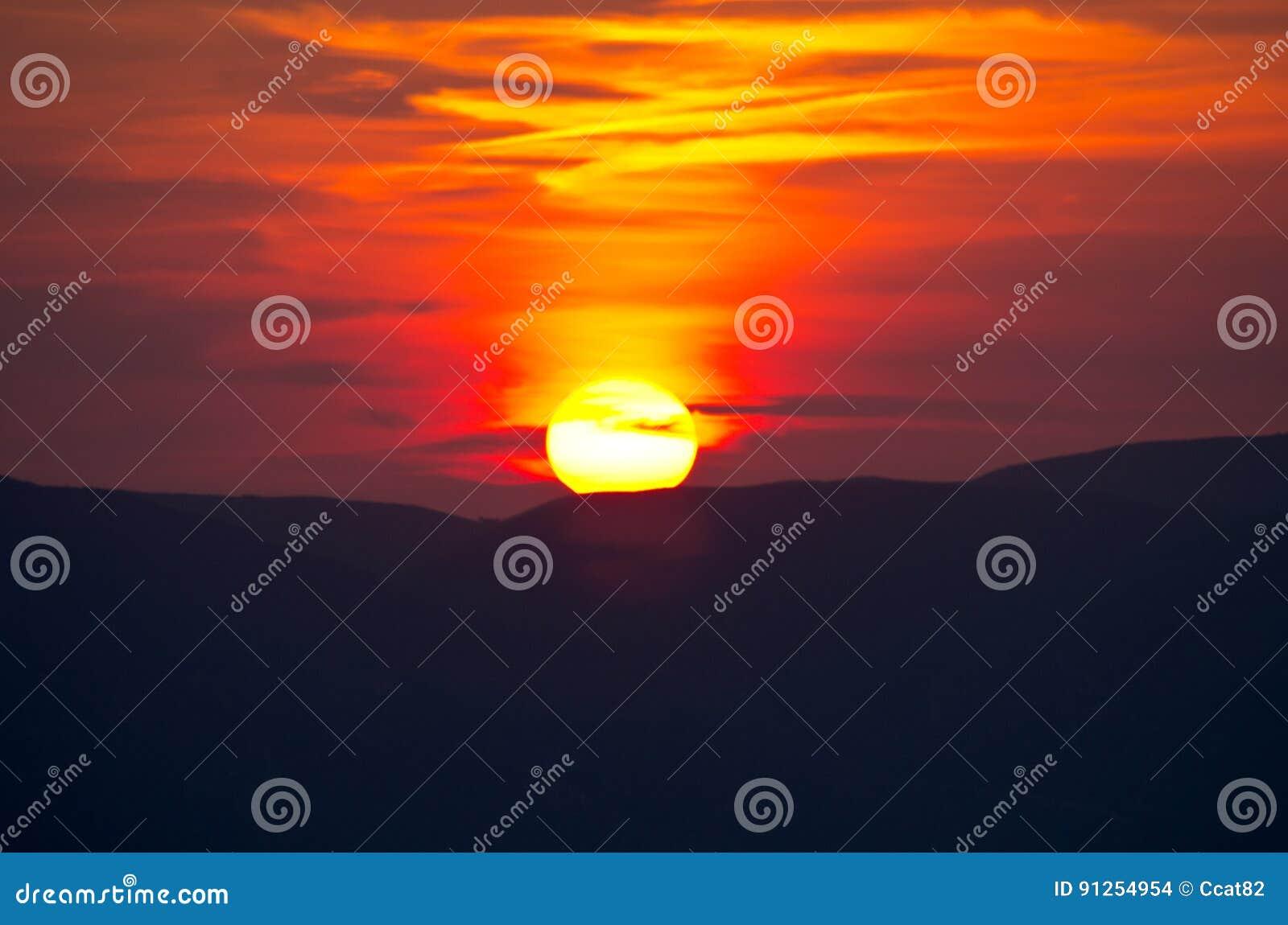 Beau coucher du soleil au-dessus d île de Zakynthos, Grèce
