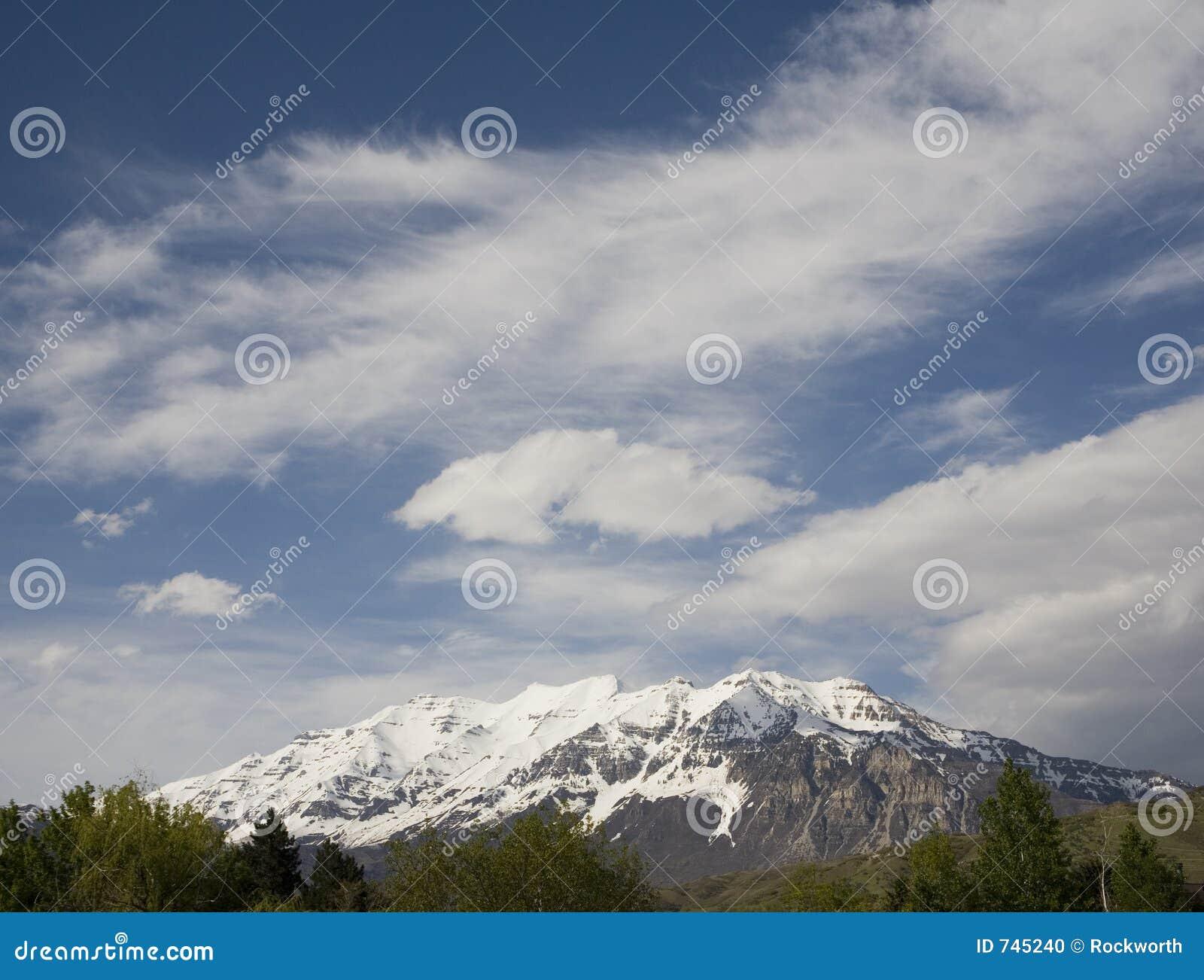 Beau dessus de montagne