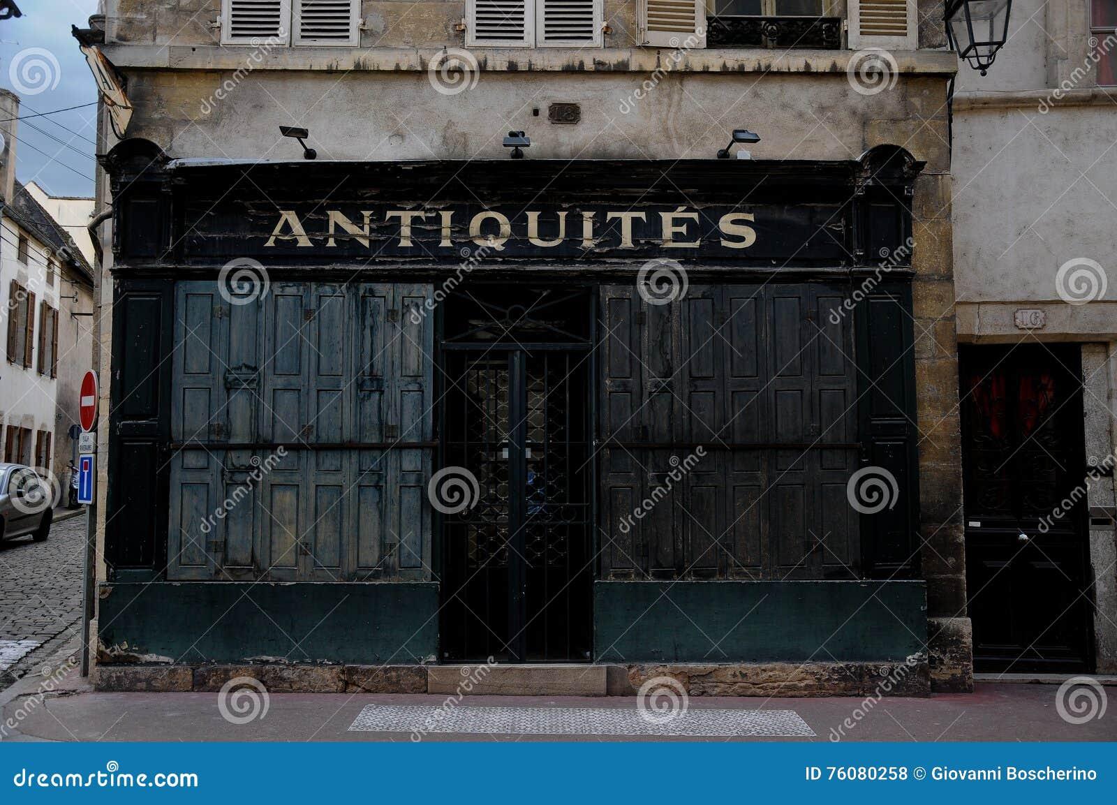 Beau et magasins d antiquités dans des Frances de Beaune Bourgogne
