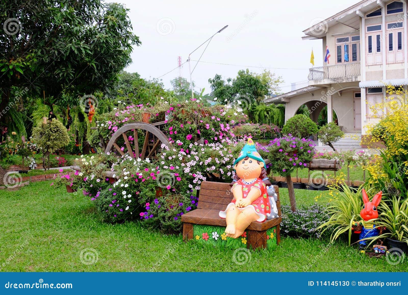 Beau jardin de fleur