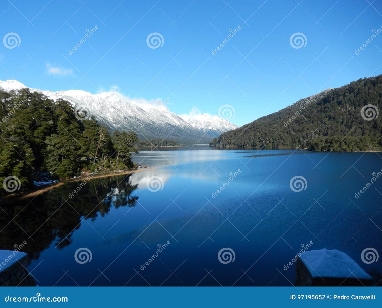 Beau lac