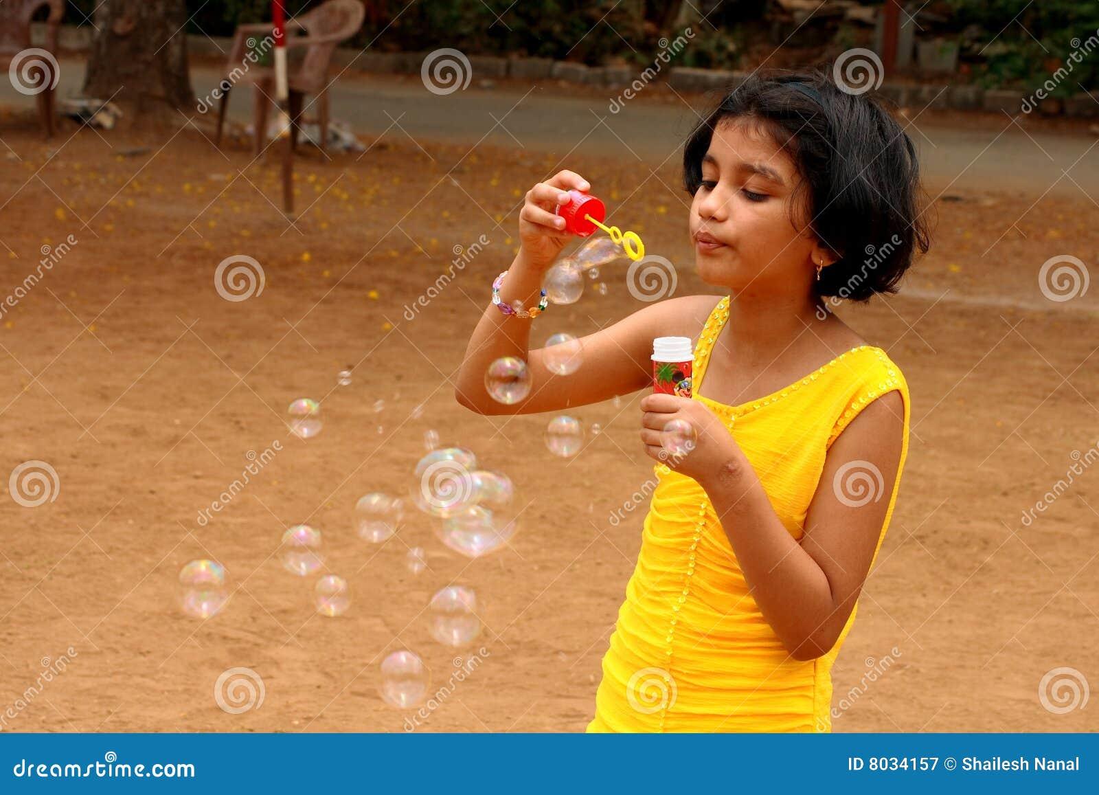 Beau lanceur de bulle