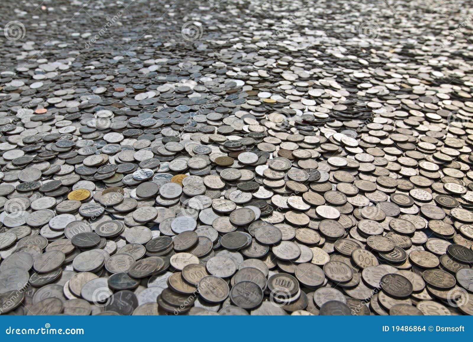 Beaucoup de pièces de monnaie