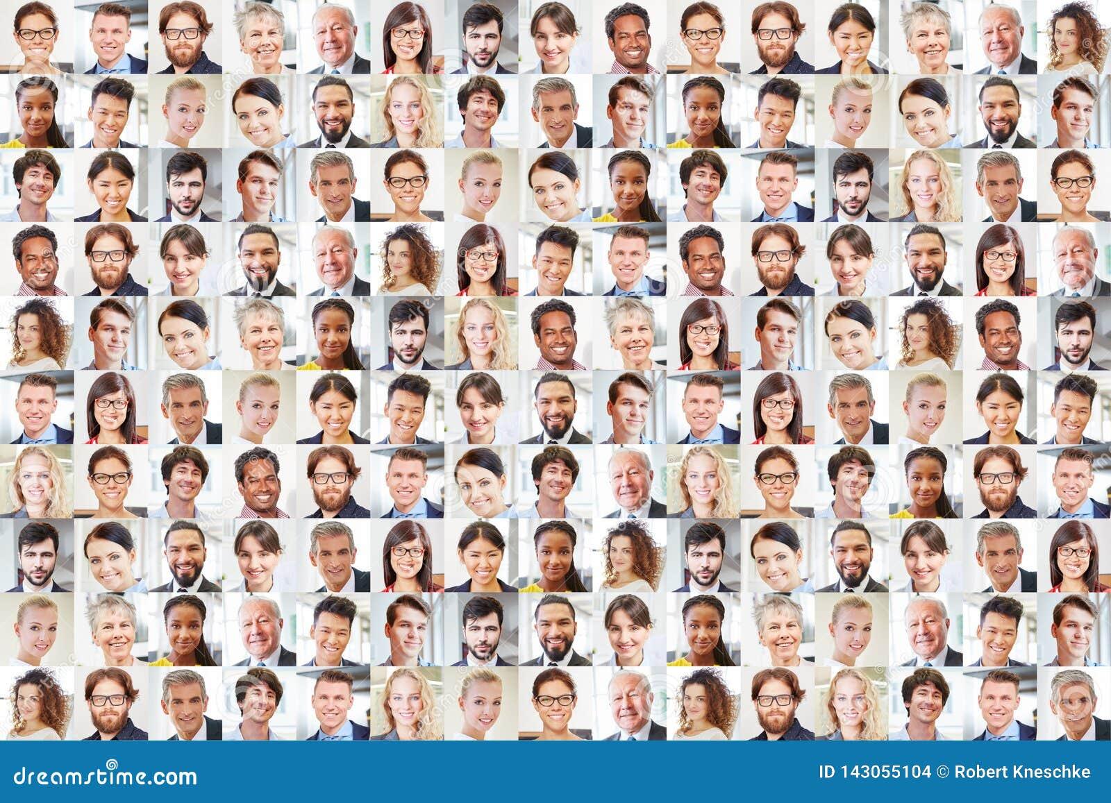 Beaucoup de portraits d hommes d affaires ensemble comme travail d équipe