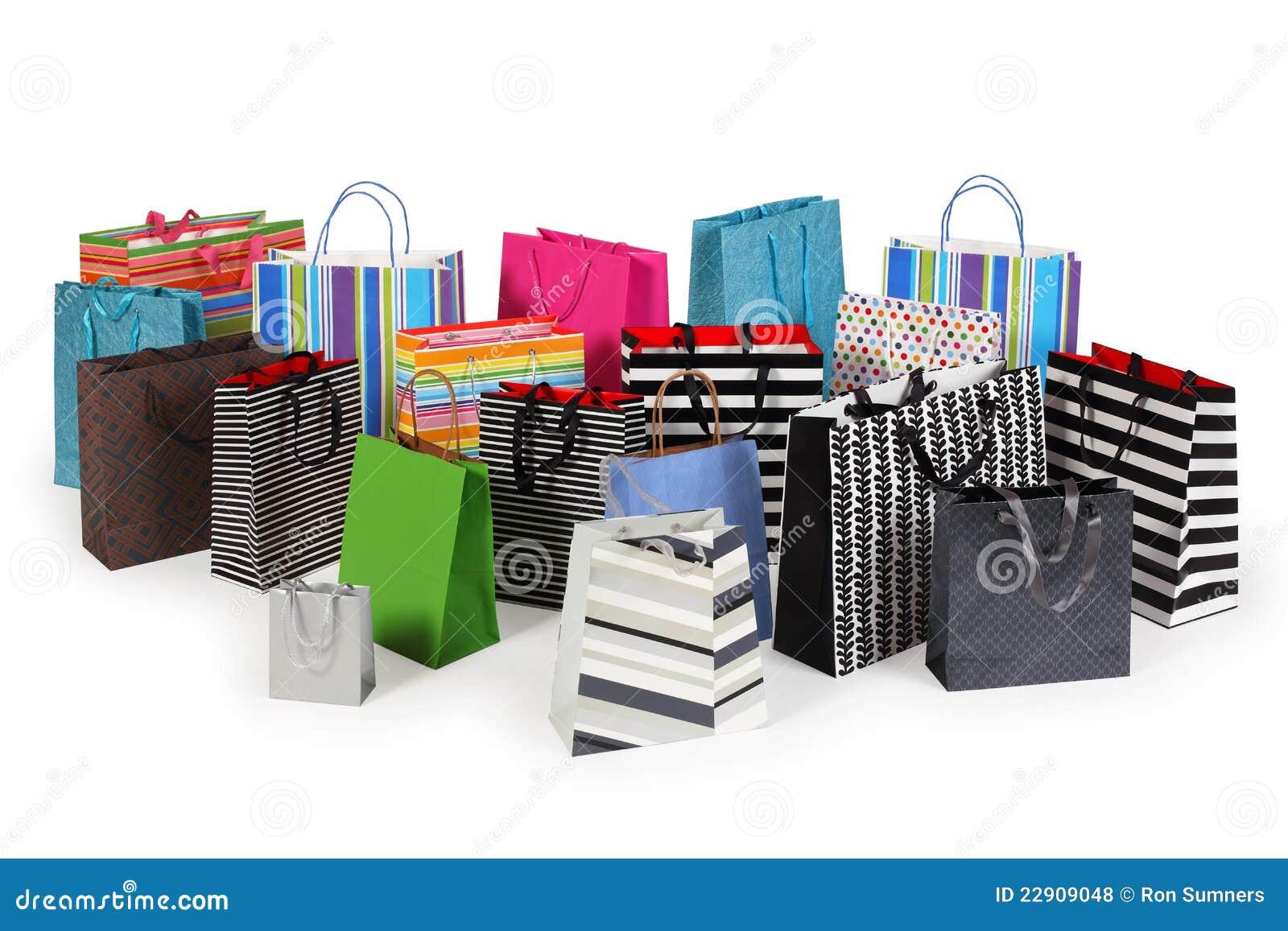Beaucoup de sacs à provisions