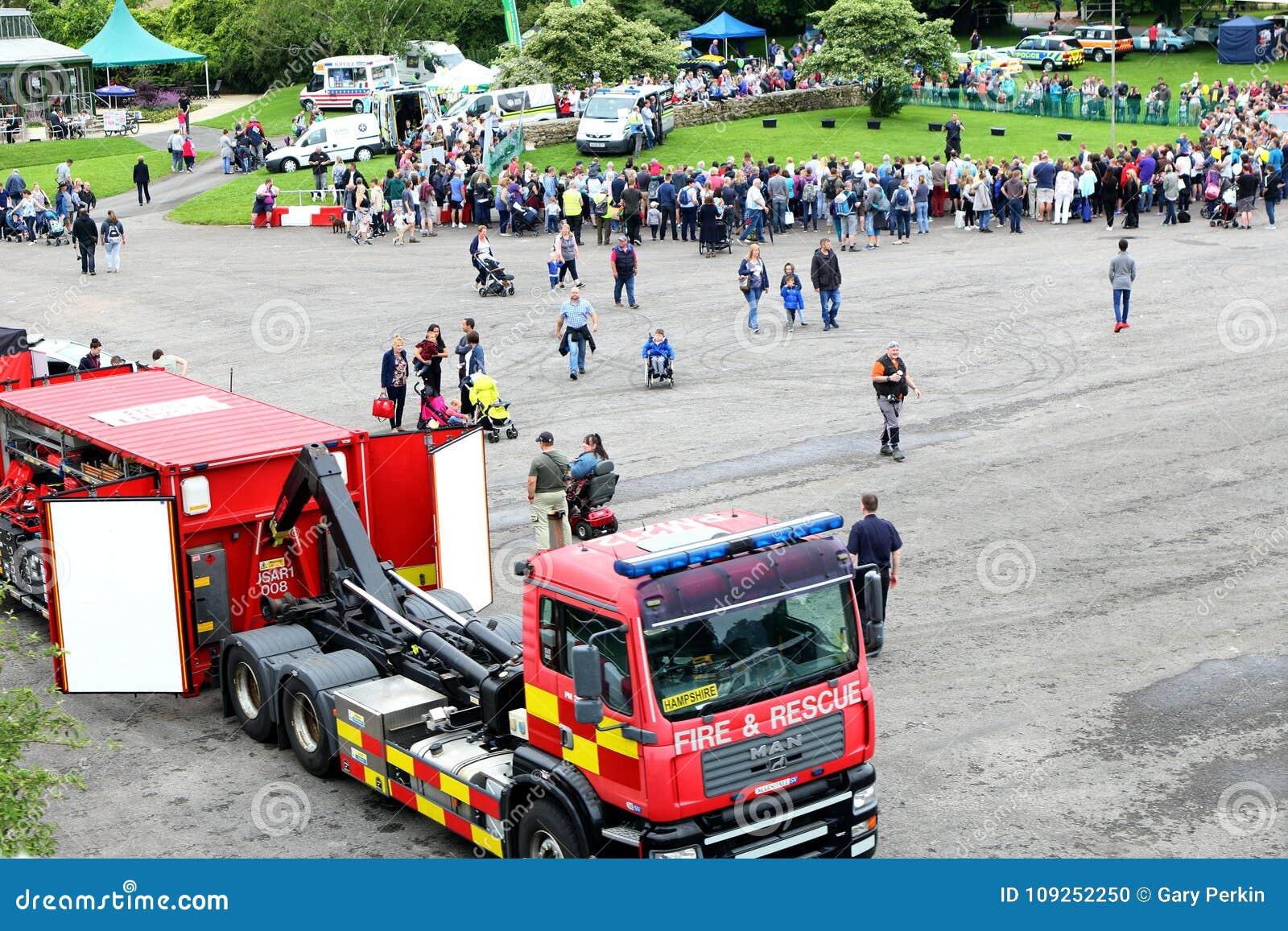 Beaulieu, Hampshire, Regno Unito - 29 maggio 2017: Ospiti ed emergenza VE