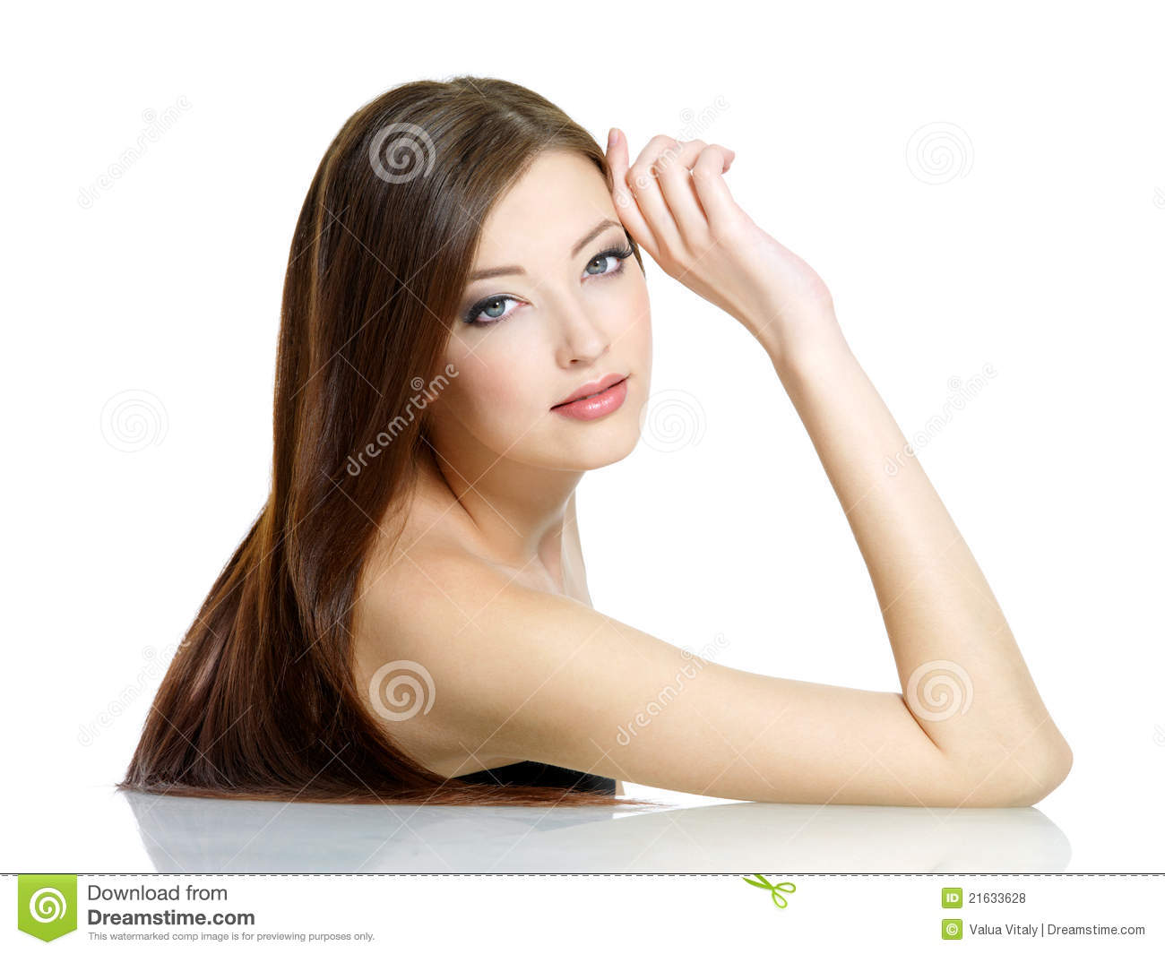 Beautidul woman with beauty long hair