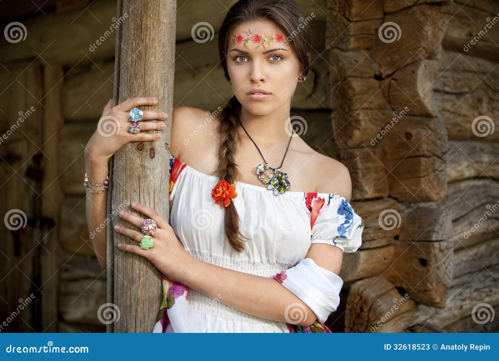 sites-ukrainian-brunette-teen-found