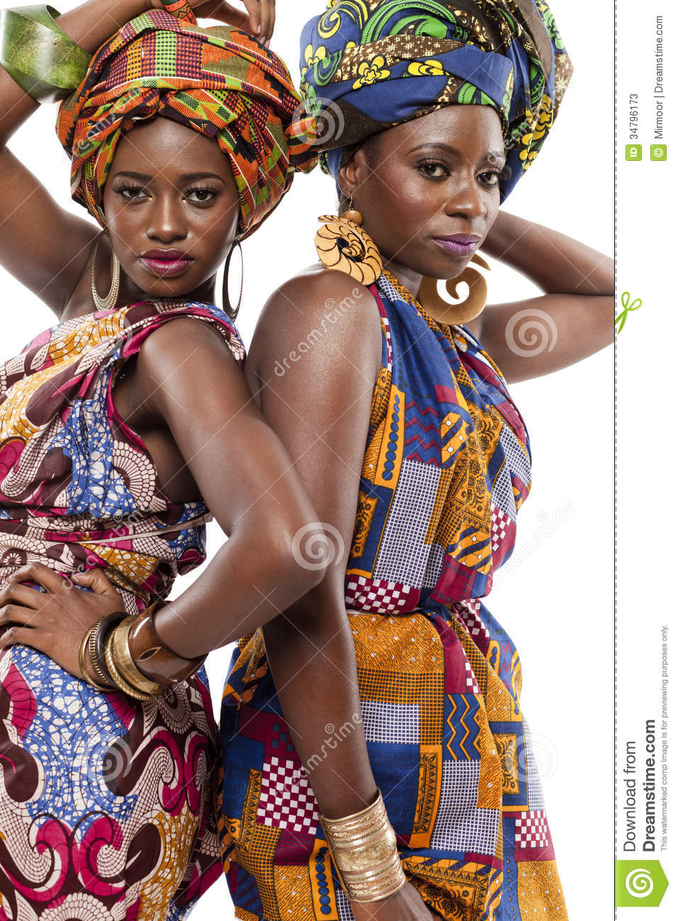 beautiful african fashion modesl in traditional dress