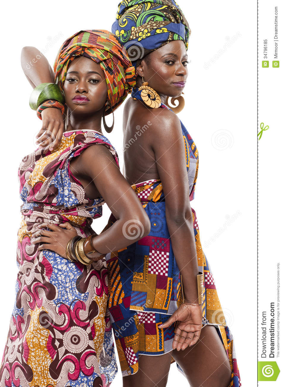 Beautiful african fashion modesl in traditional dress for Traditional photos