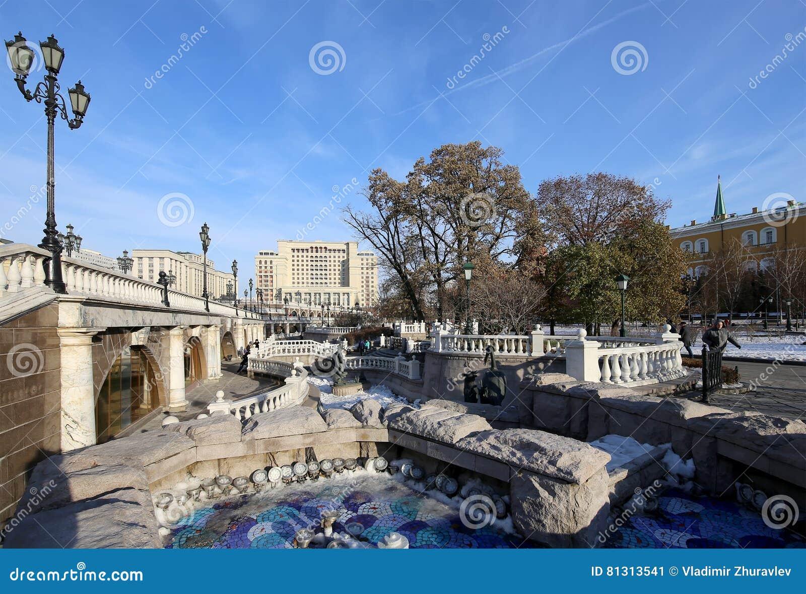 beautiful alexander garden near the ancient kremlin winter moscow
