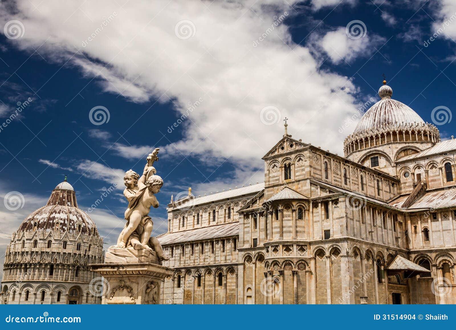 Beautiful ancient monuments in Pisa