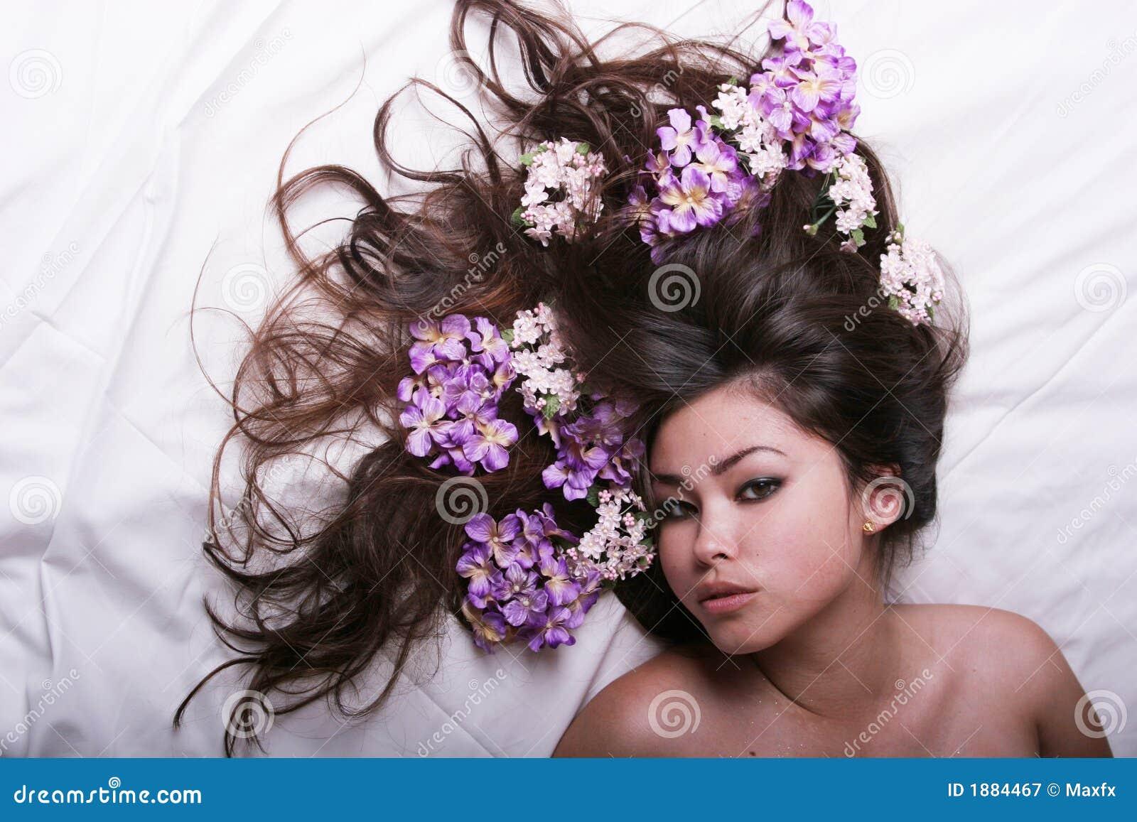 erotical massage asian flowers massage