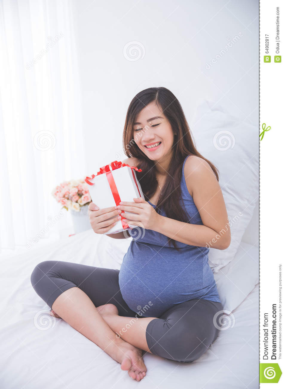 Asian pregnant picturers