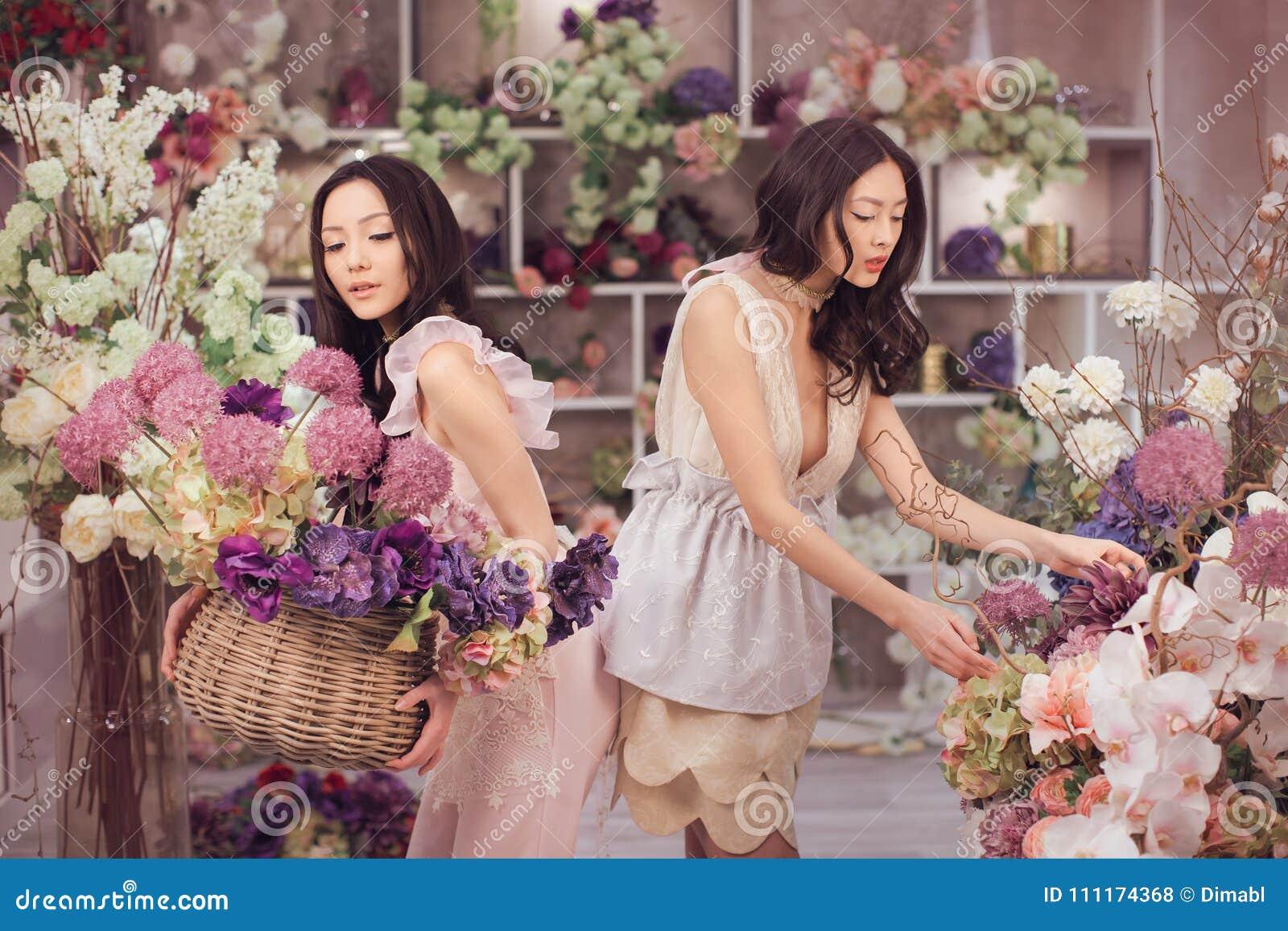 Asian flower girl com think