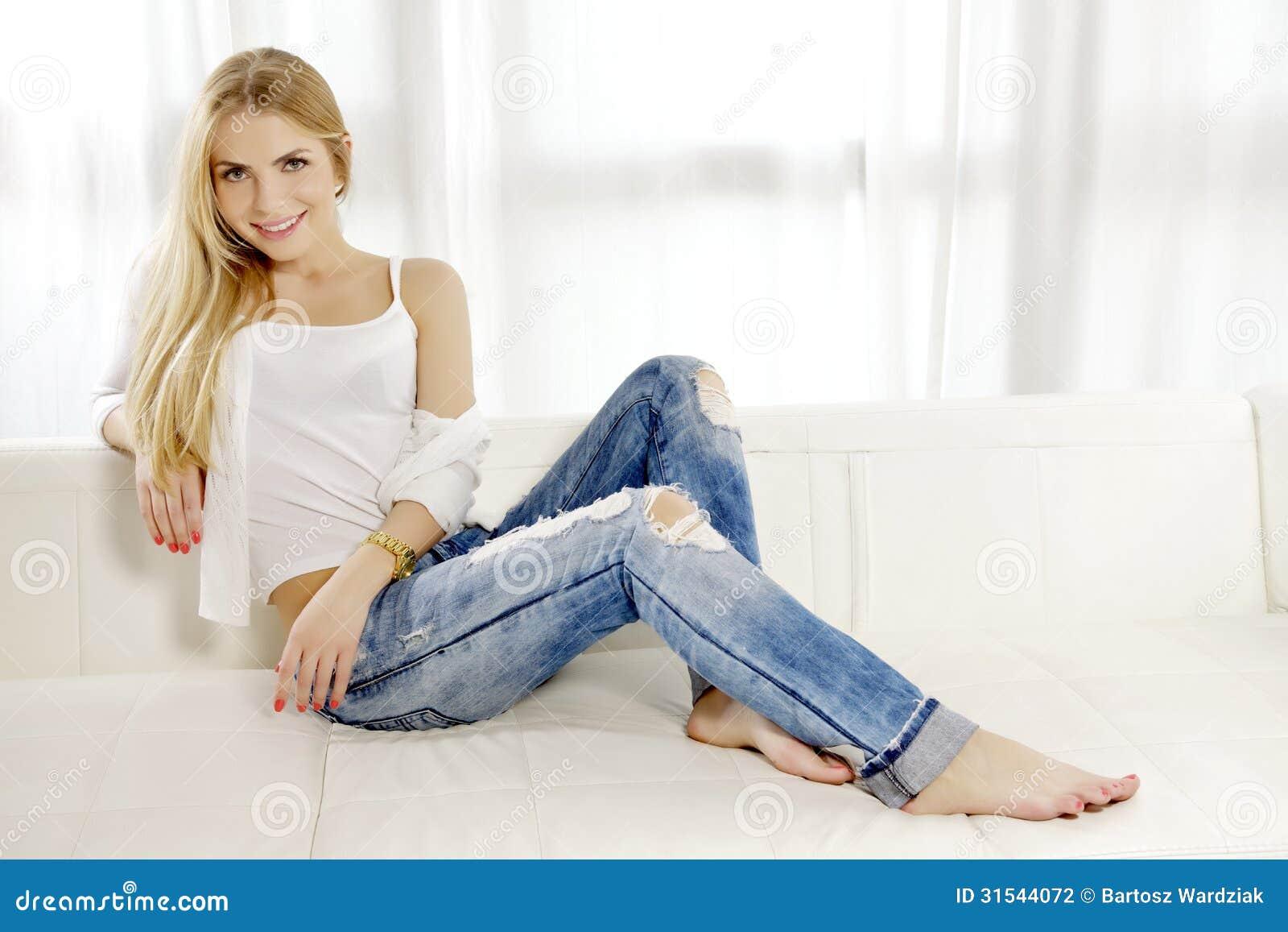Секретарша в джинсах 4 фотография