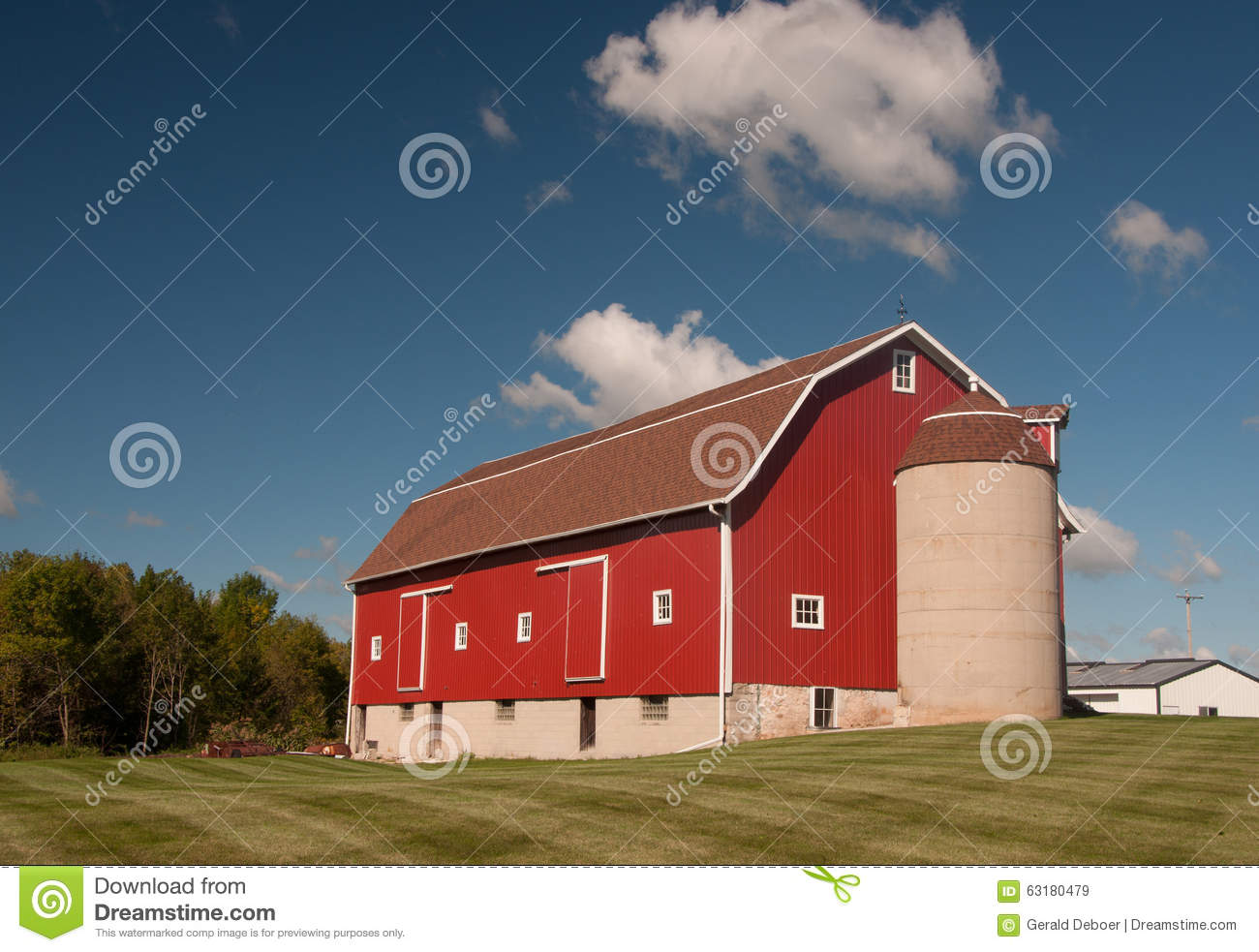 beautiful barn stock photo - image: 63180479