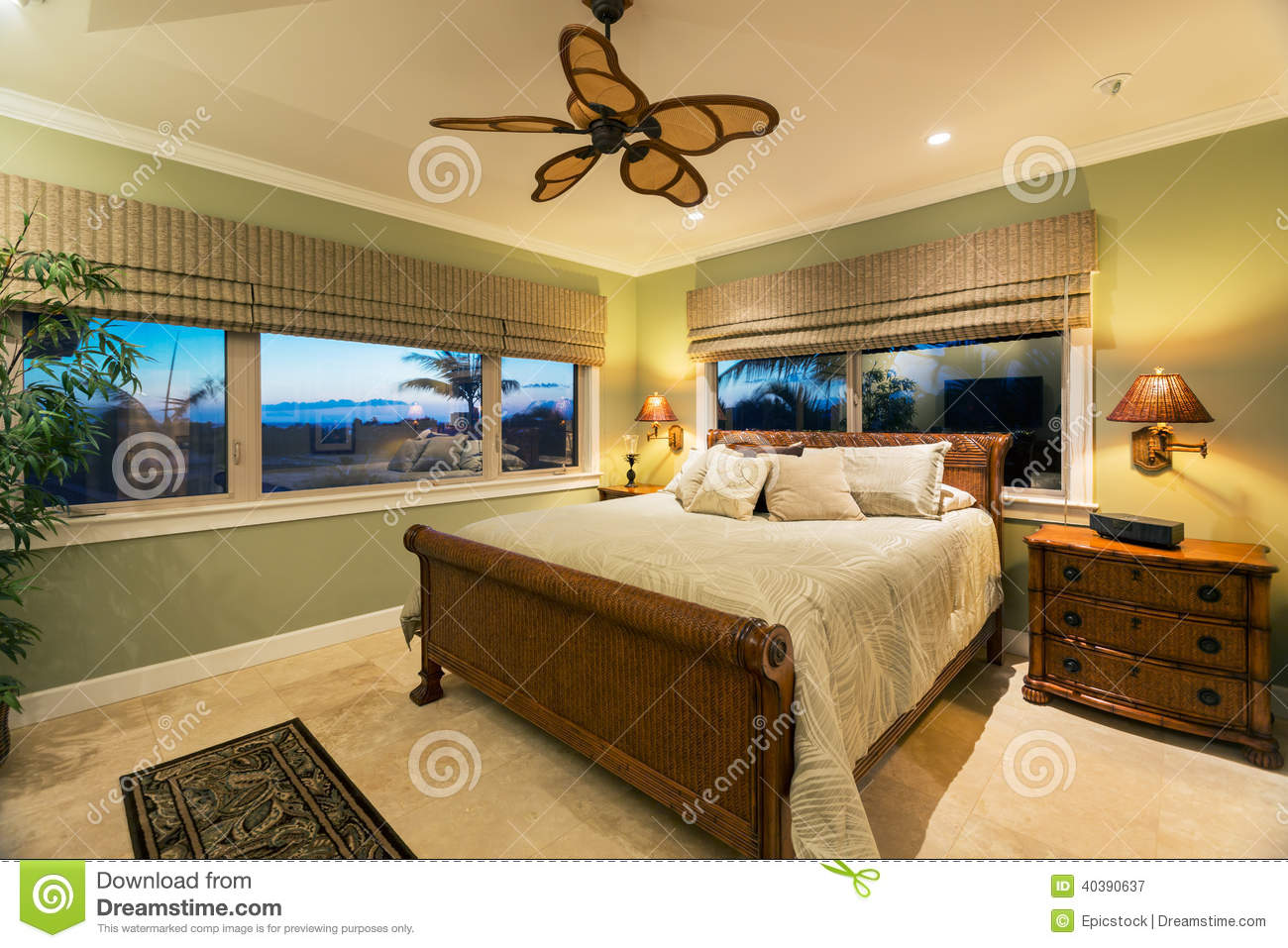Interior of a luxury hotel bedroom with bathroom royalty for Beautiful bedroom interior