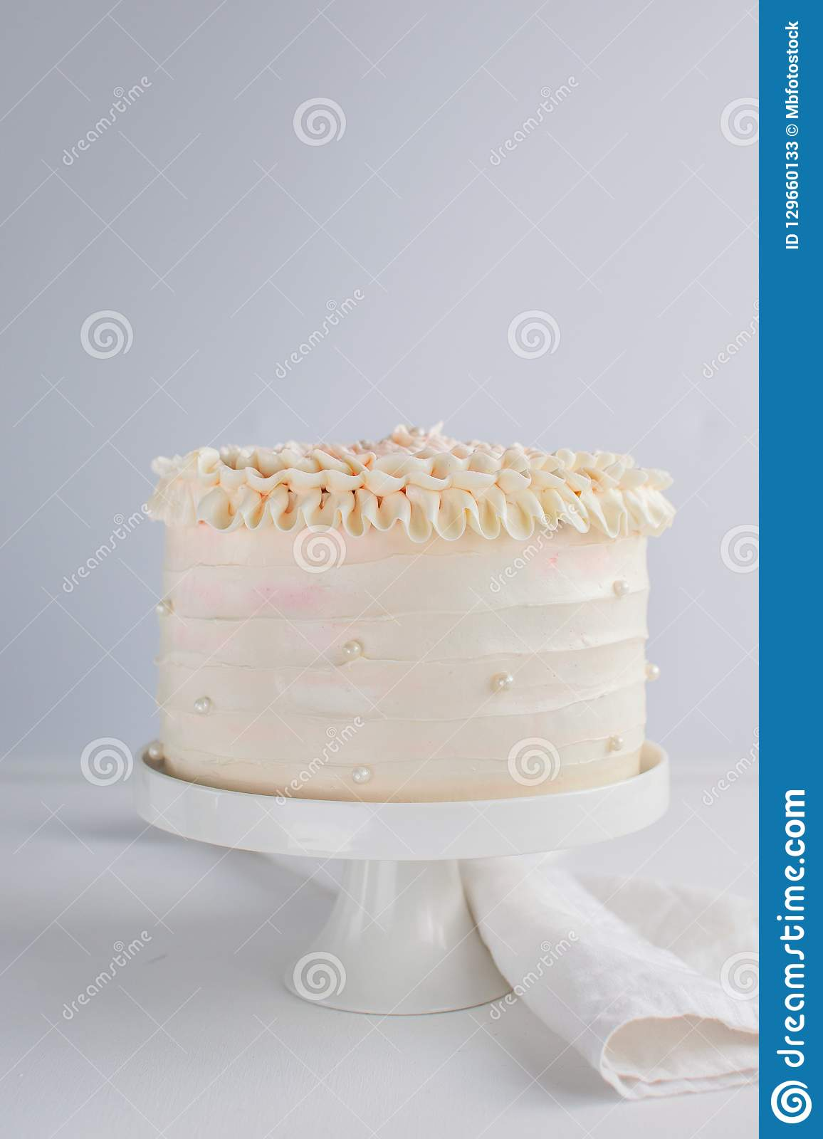 Tremendous Beautiful Birthday Cake Decorate With Edible Pearls On White Personalised Birthday Cards Fashionlily Jamesorg