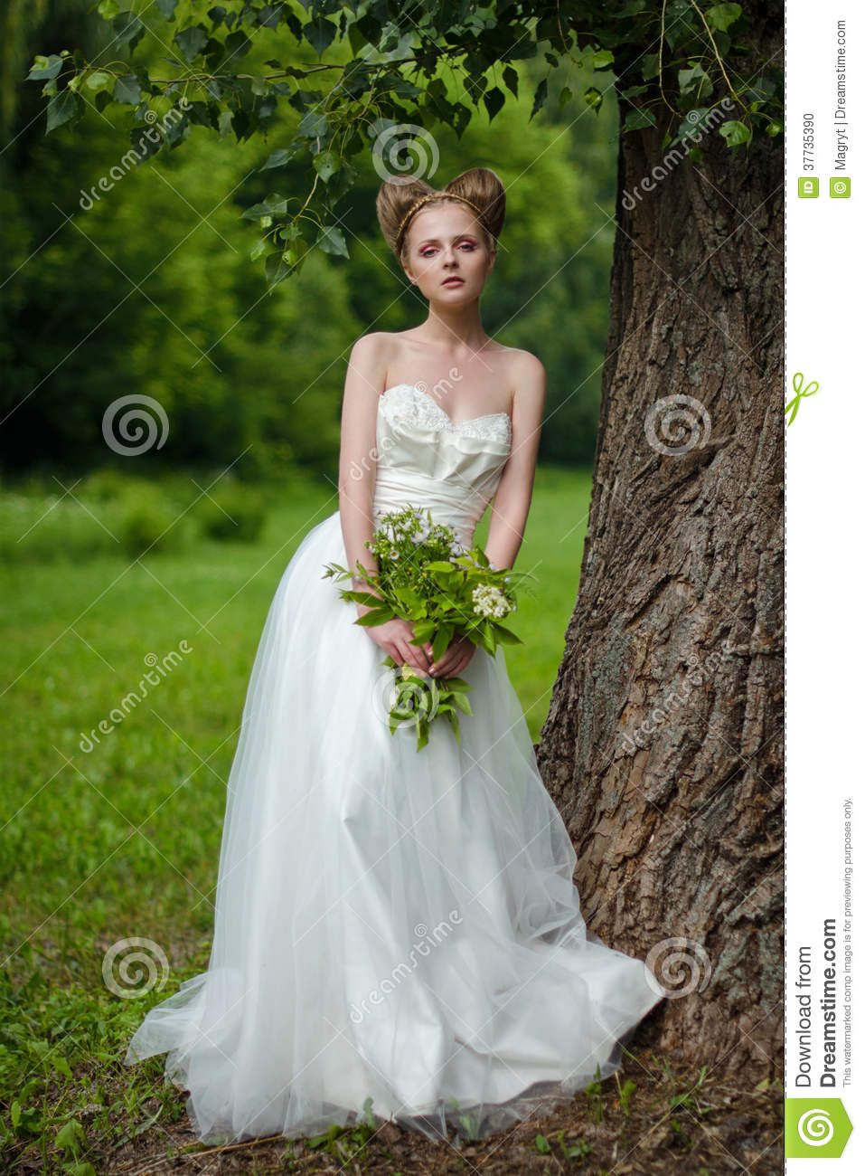 Beautiful Bride Fashionable Wedding 68