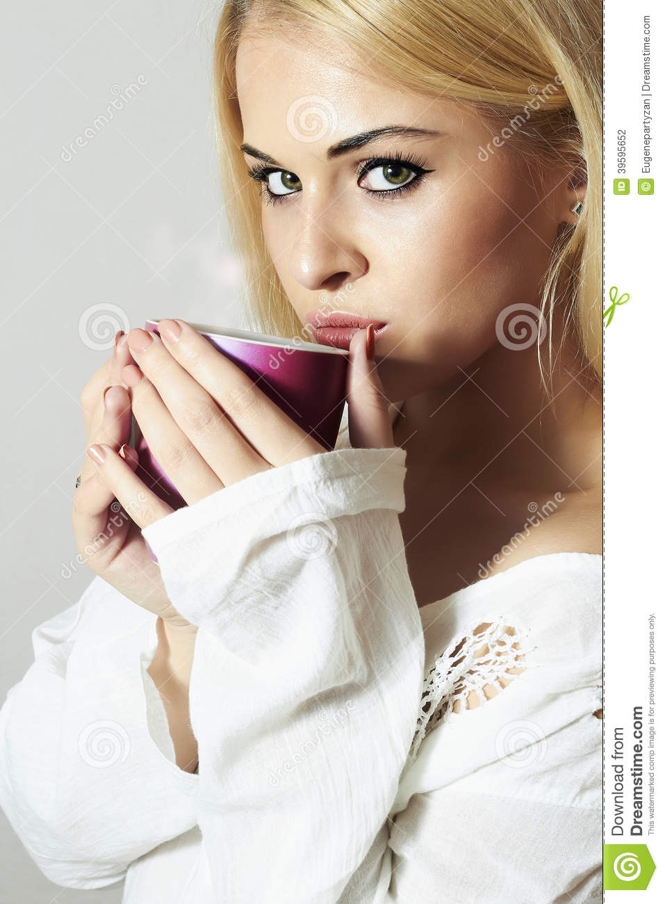 Girl drinking coffee to go beautiful blond woman drinking
