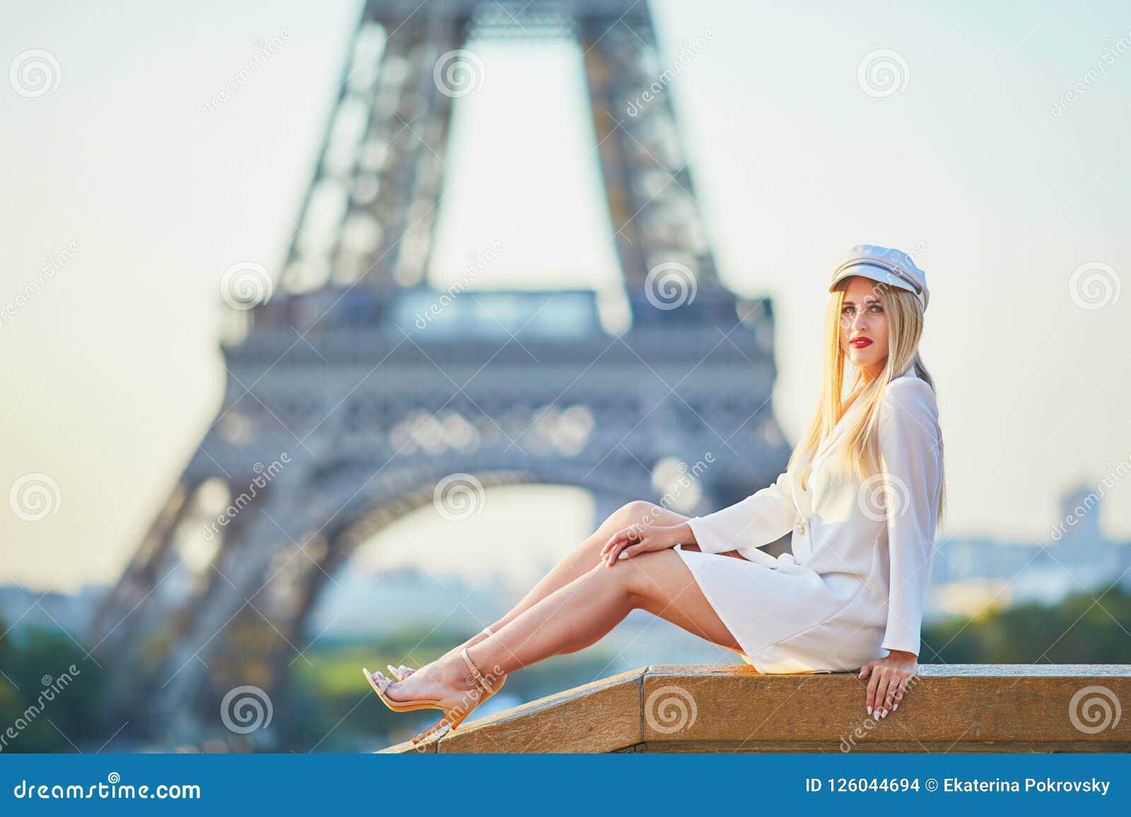 femeie datand de la Paris baiat cauta baiat