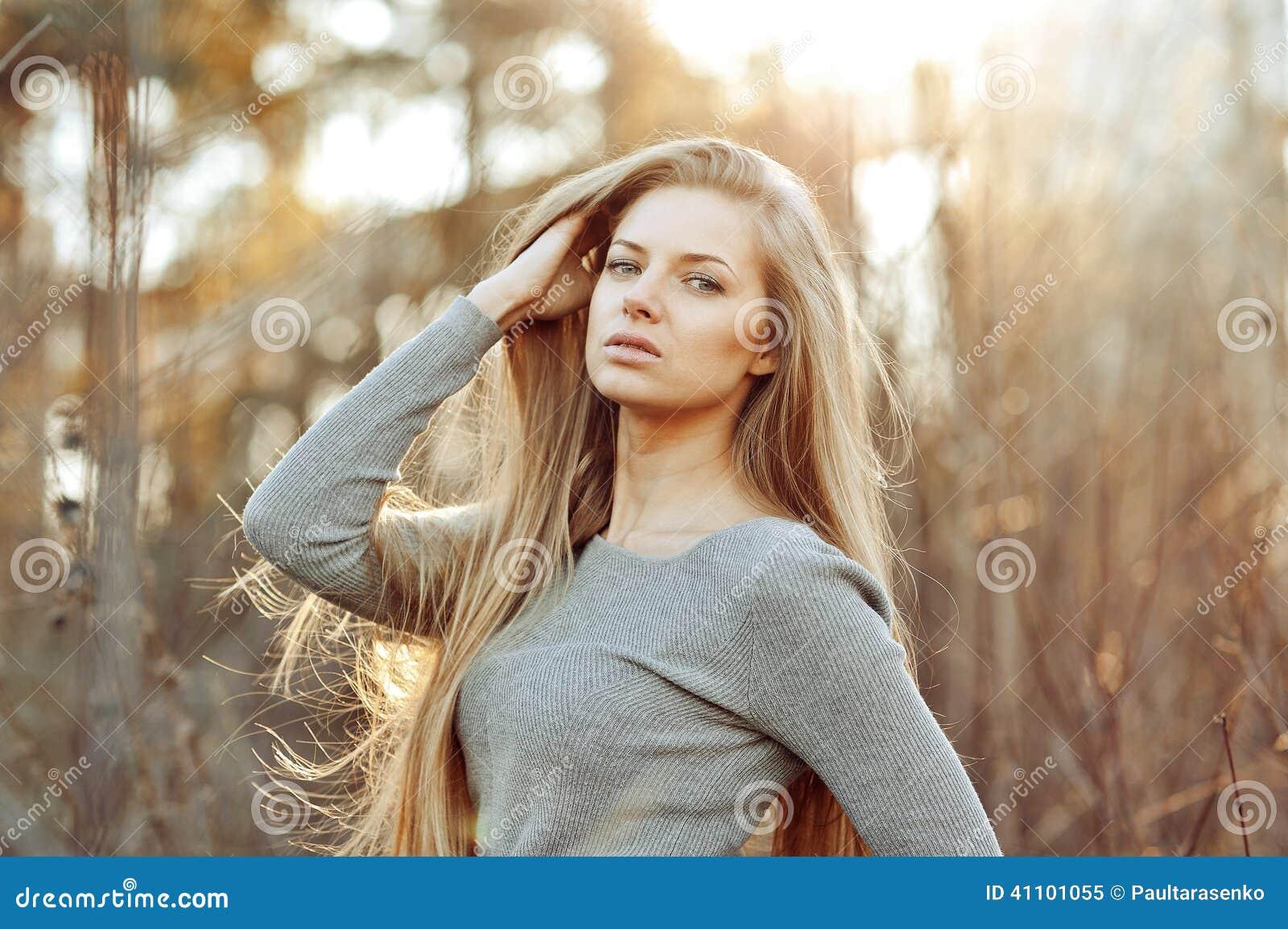 Woman beauty otngagged blonde