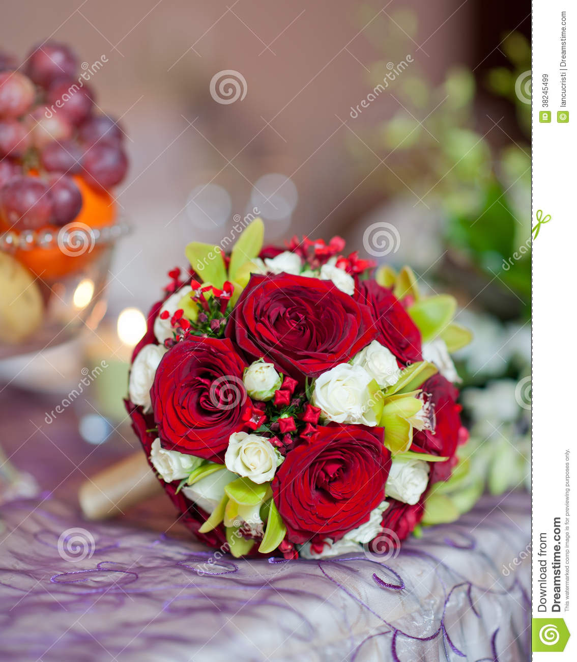 Beautiful bouquet of rose flowers on table wedding bouquet of red royalty free stock photo izmirmasajfo