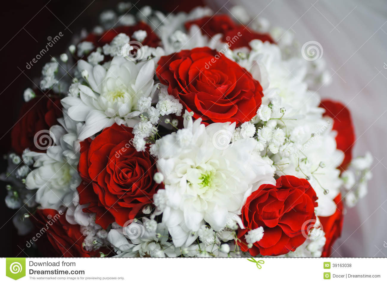 beautiful bouquet of roses and chrysanthemum stock photo  image, Beautiful flower