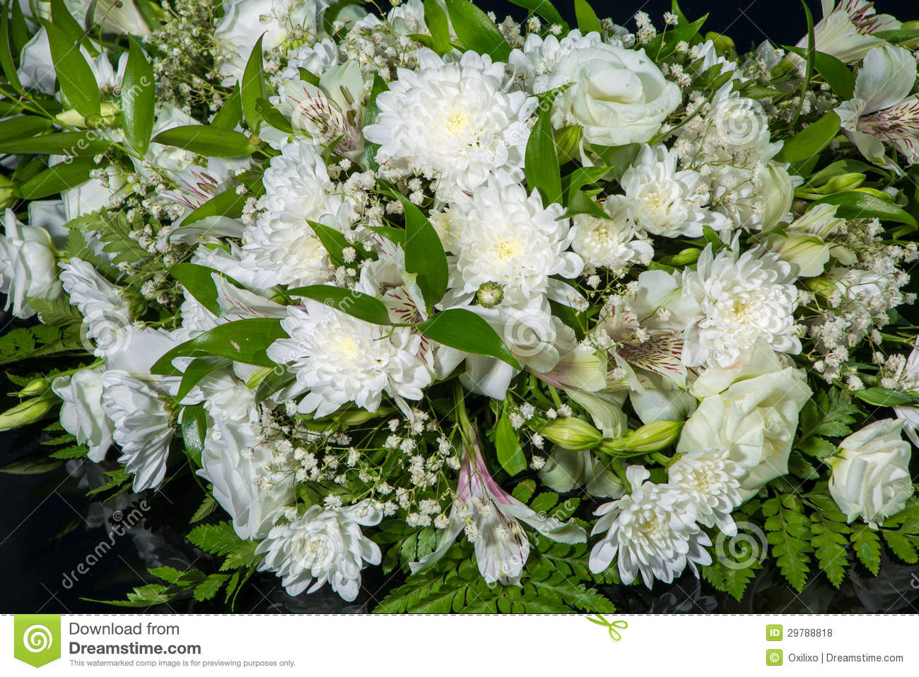 Bouquet Of White Chrysanthemums For Wedding Car Decoration ...