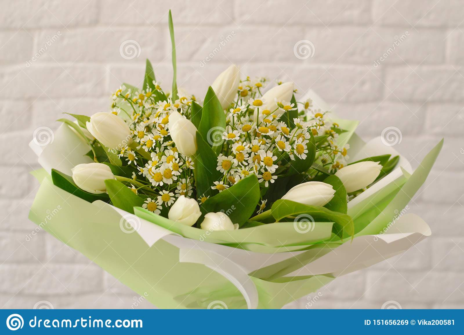 Beautiful bouquet of white flowers.