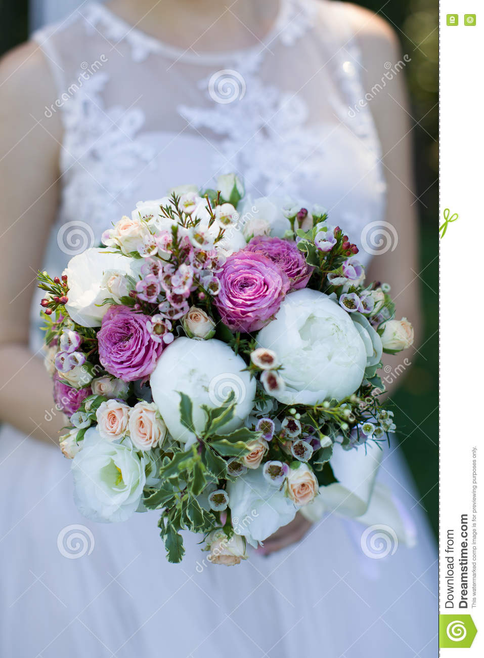 beautiful wedding flowers big beautiful wedding bouquet up in stock 1614
