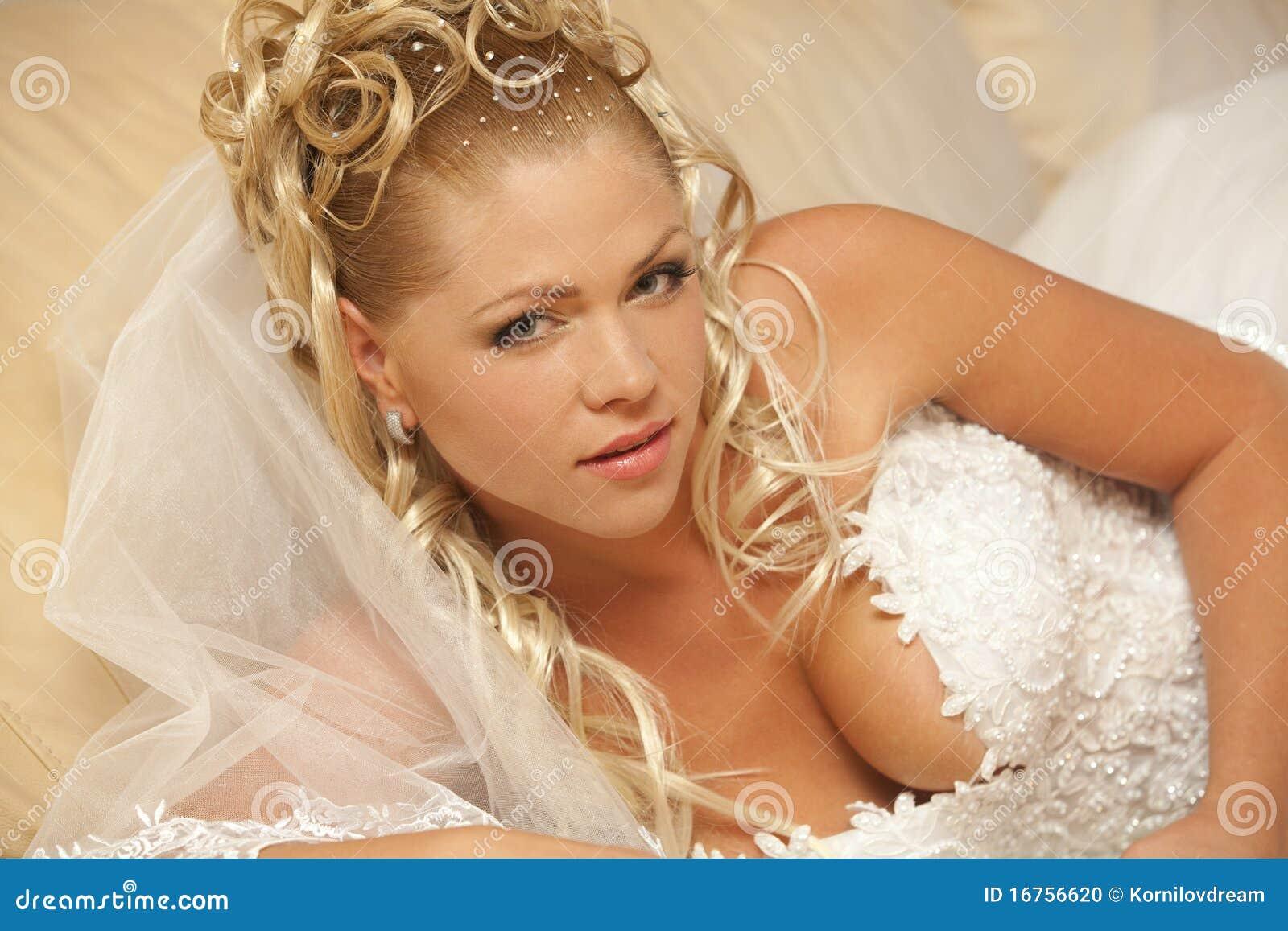 Log In Beautiful Bride Hair 12