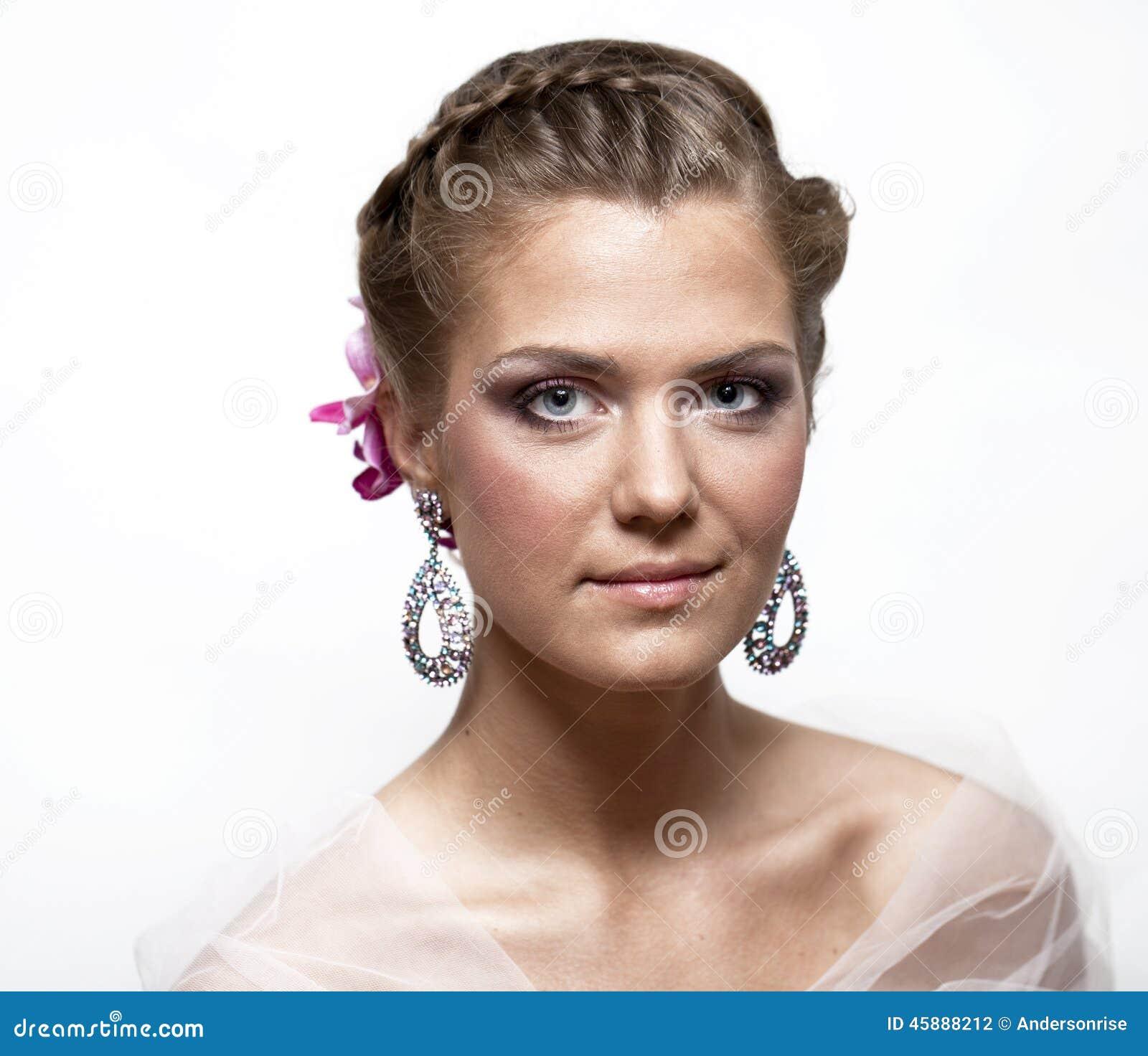 Beautiful Bride Fashion 34