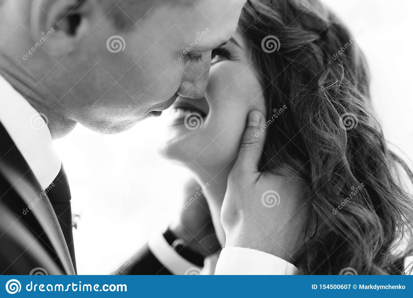 Beautiful Bride And Groom Posing In Studio First Kiss Wedding Photo Shoot Stock Image Image Of Background Isolated 154500607