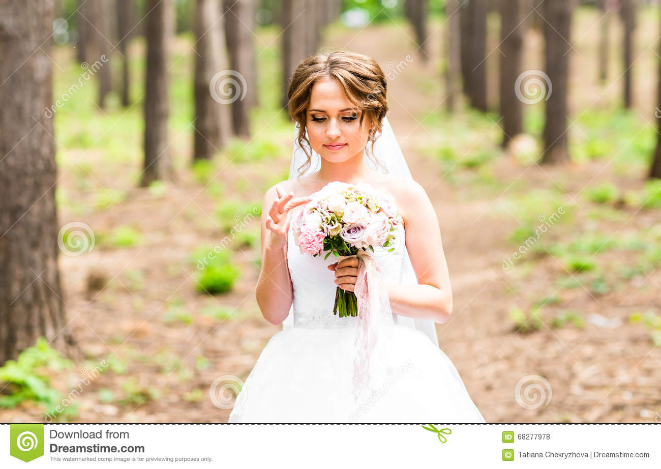 And Flowers Beautiful Bride 80