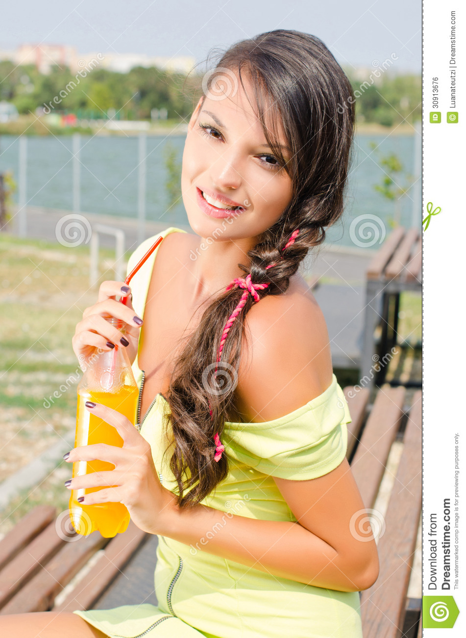 Favim in addition Beautiful Bru te Girl Holding Plastic Bottle Orange Juice Modern Drinking Hot Day Summer Outdoors besides E A Edit together with Home Kitchen Blender together with Frasier Skyline. on summer make up clipart