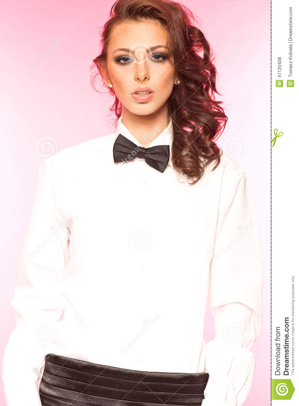 Black And White Blouse With Bow Anlis