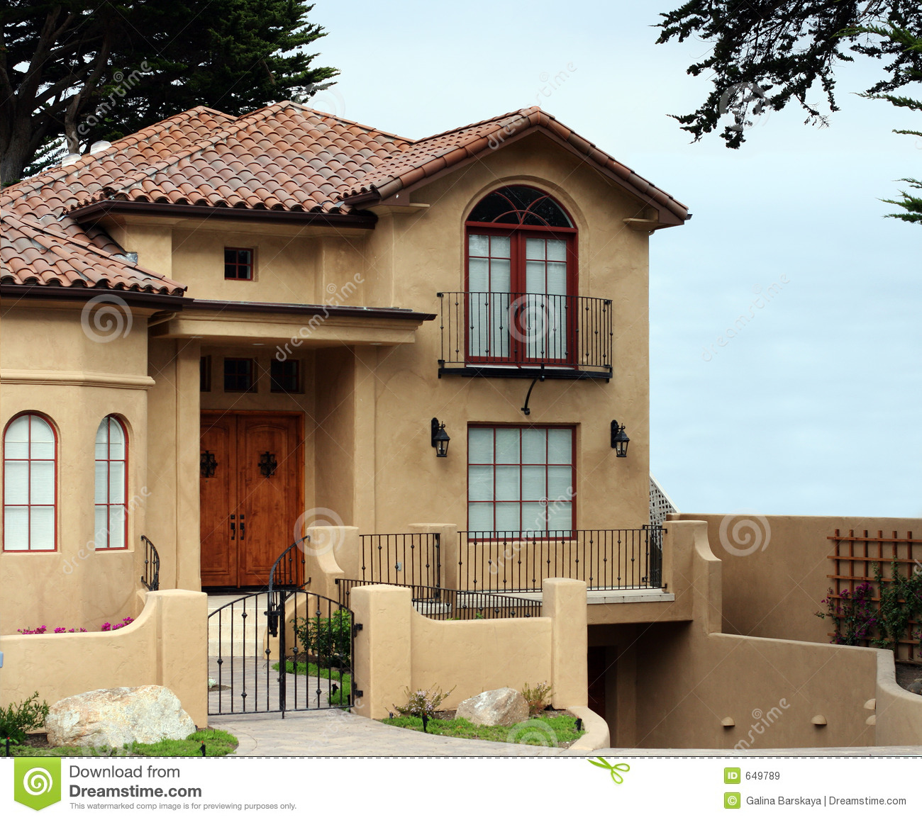 Beautiful california house royalty free stock images for Pretty modern houses