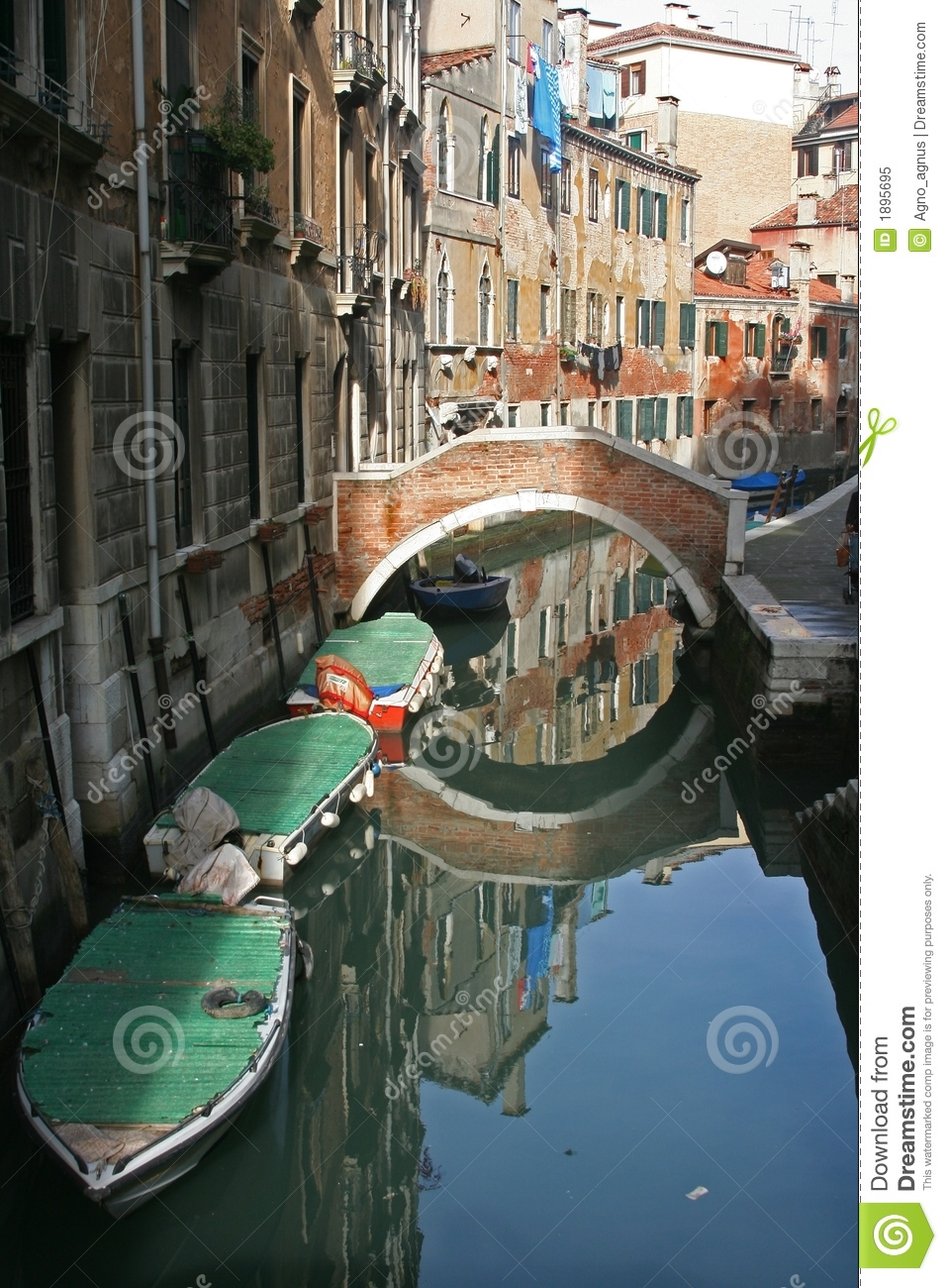 A Beautiful Canal Of Venice Italy Royalty Free Stock Photo - Image: 1895695