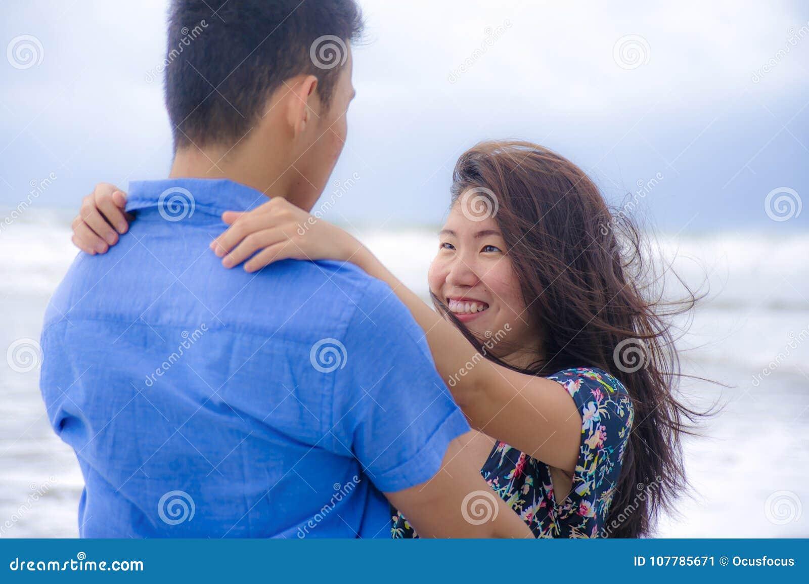 Agen ia de dating Roanne Dating fata de la Benin