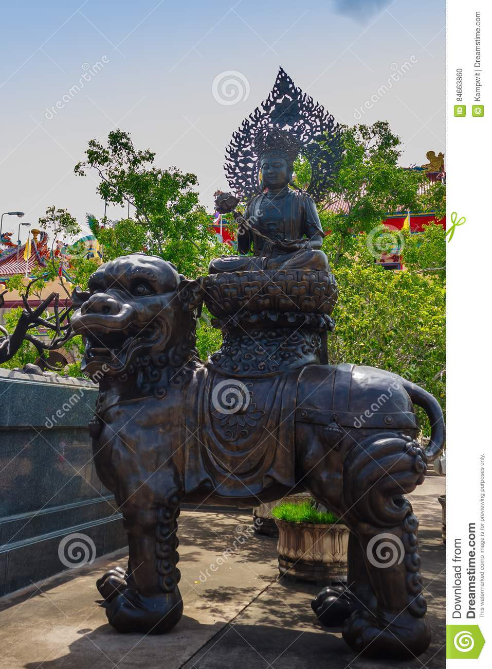 Beautiful Chinese`s style sculptures at Anek Kusala Sala Viharn Sien, Thai-Chinese temple in Pattaya, Thailand. It was built in