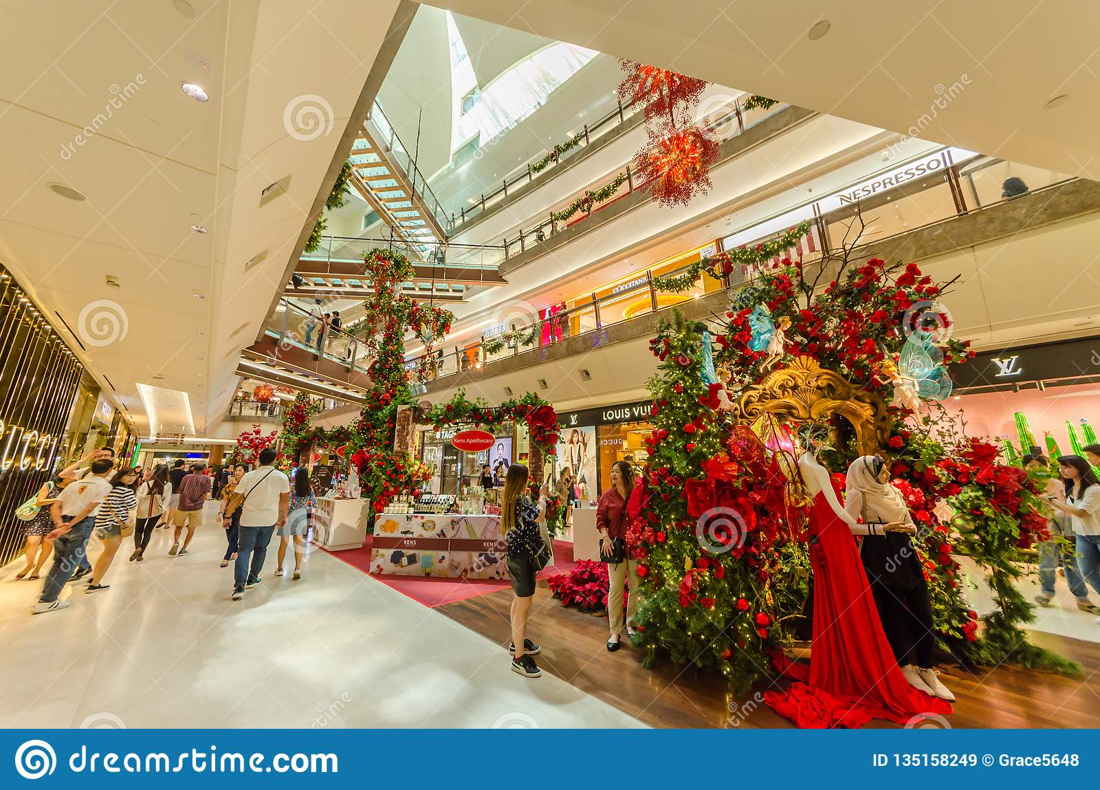 Beautiful Christmas Decoration In The Gardens Mall Editorial