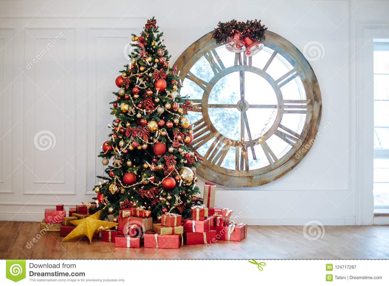 Beautiful Christmas Living Room With Decorated Christmas Tree Gifts In Front Of Whate Wall New Year Tree With Red And Gold Decor Stock Image Image Of Decorated Place 124717287