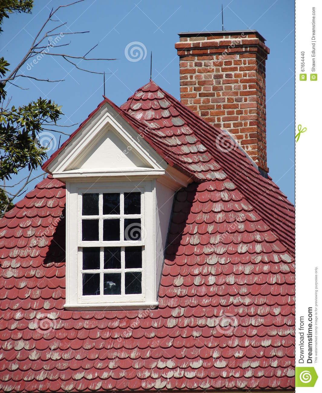 Classic colonial brick house stock image cartoondealer for Colonial brick