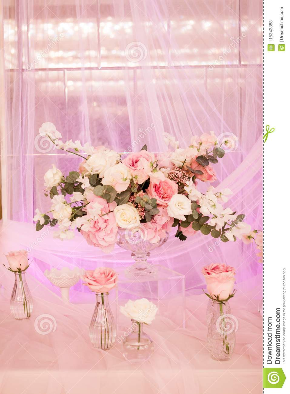 Beautiful decor with fabric and flowers a large vase with white and download beautiful decor with fabric and flowers a large vase with white and pink flowers izmirmasajfo