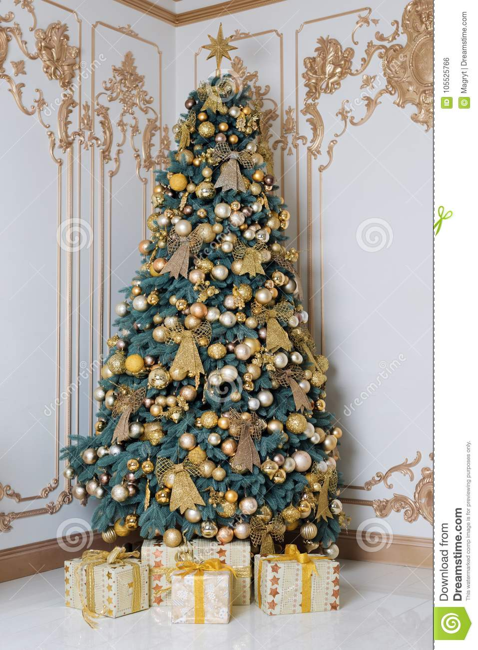 Beautifully Decorated Luxury Living Room 3d Models: Beautiful Decorated Golden Christmas Tree With Present