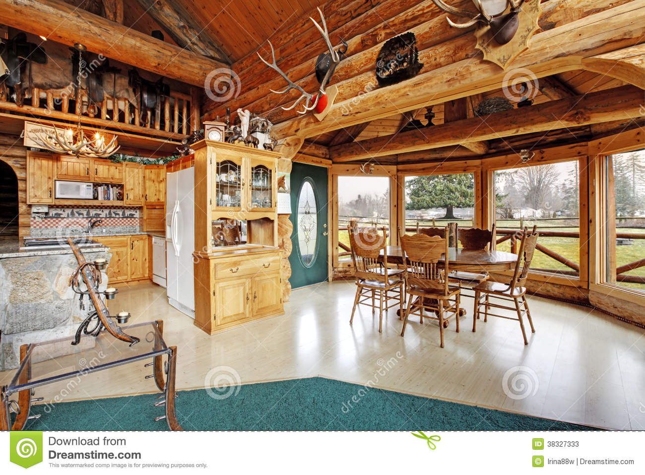 Beautiful Dining Room In Log Cabin House Stock Image