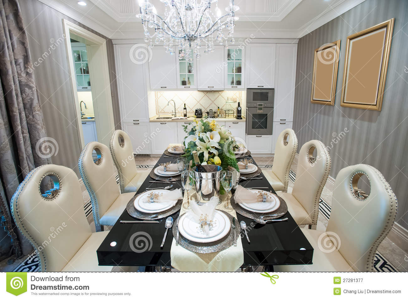 Beautiful dining room in a mansion stock image image for Les plus belles tables a manger