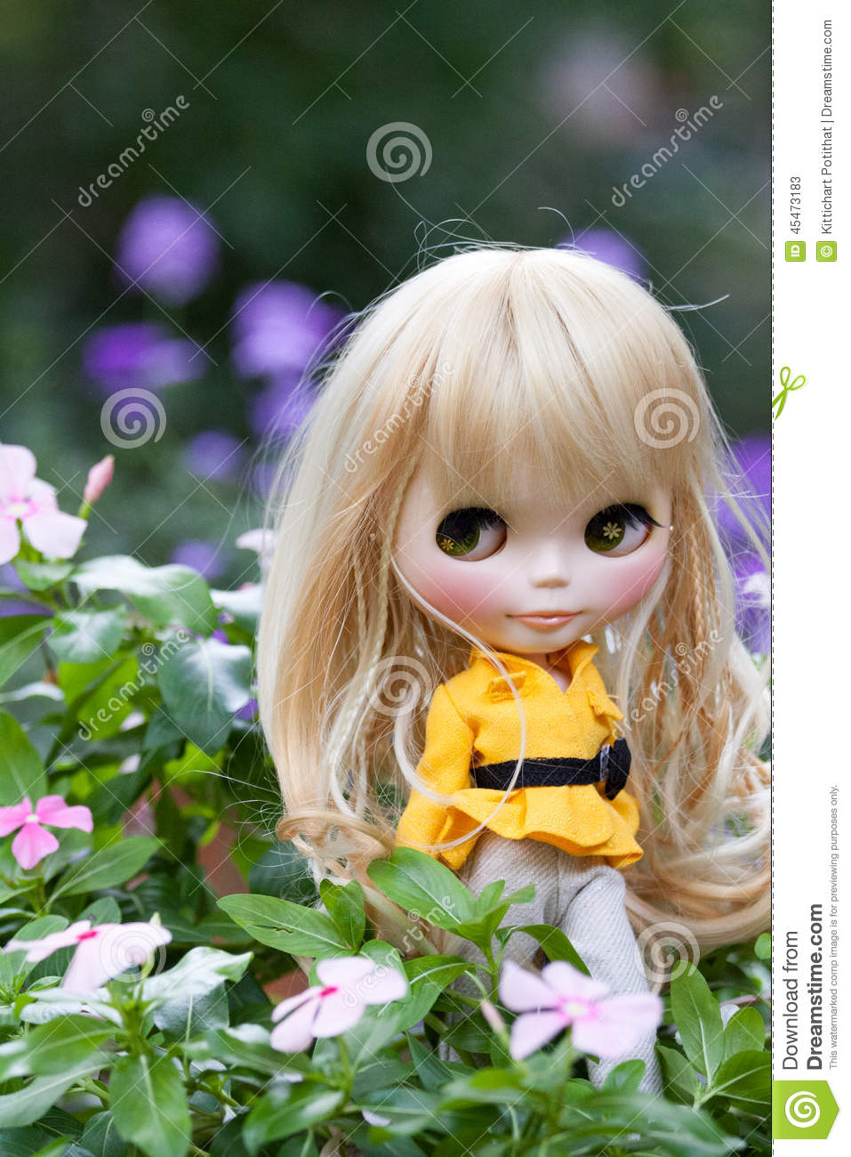 beautiful doll in the garden - The Doll In The Garden